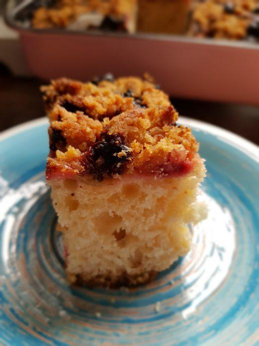 Ciasto z agrestem i malinami
