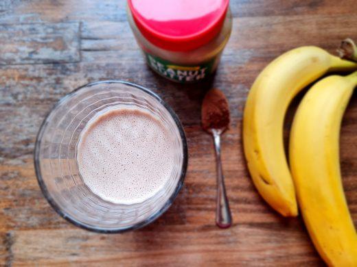 Fit śniadania - koktajle - koktajl Peanut Butter z bananem